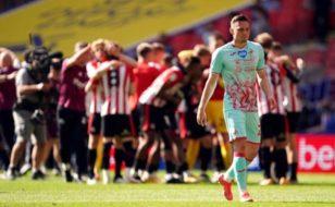 Elyrch yn Wembley